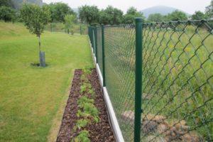 Podhrabová deska, ideální řešení pro Váš plot